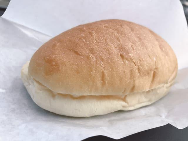 クリームチーズのコッペパン