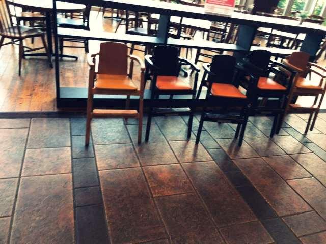ソラキッチンにある子供用椅子