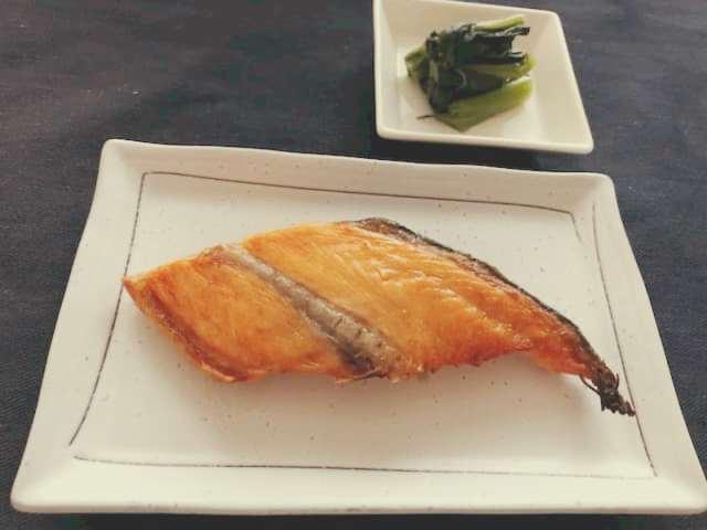 焼鮭と野沢菜の漬物